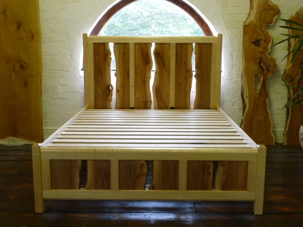 Waney elm and ash bed