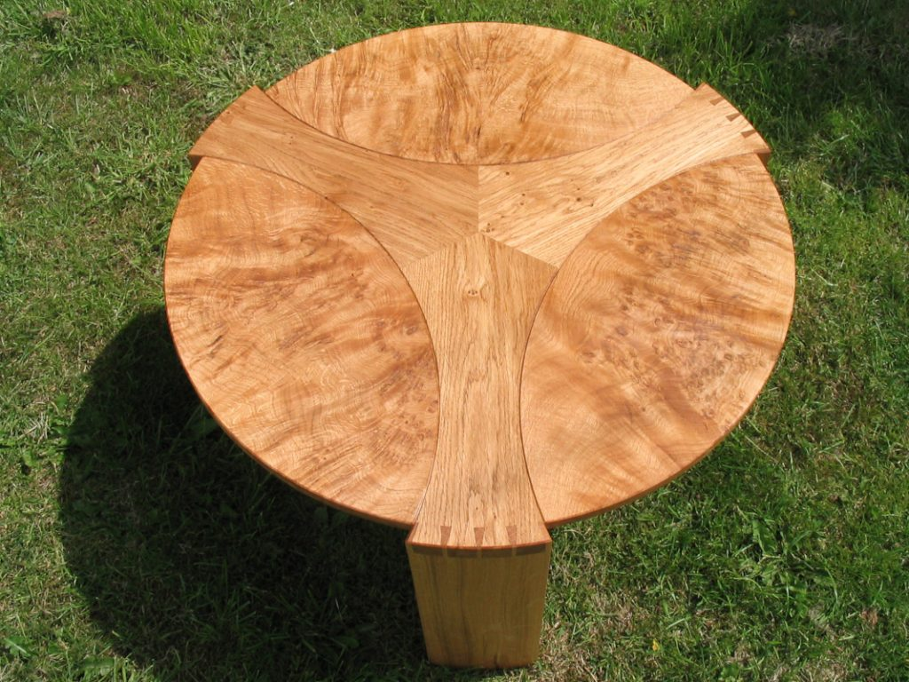 burr oak leaf table top