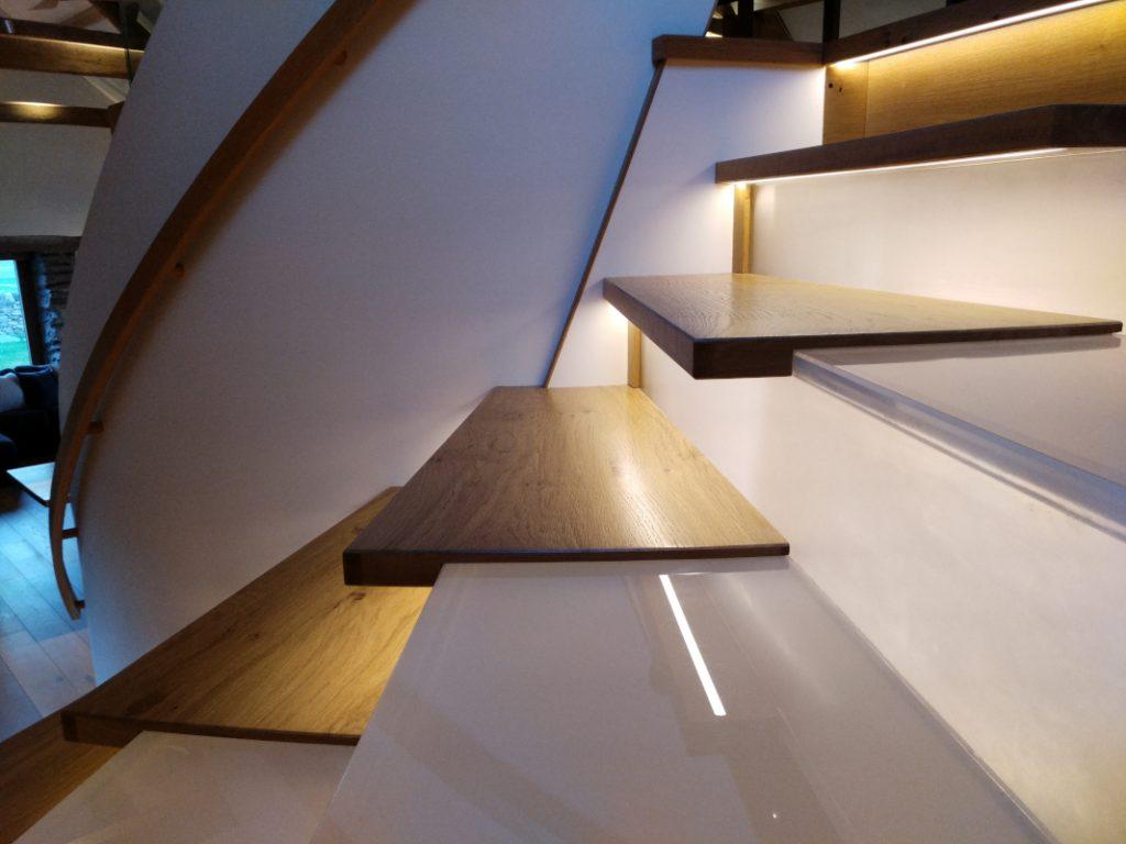 floating oak staircase