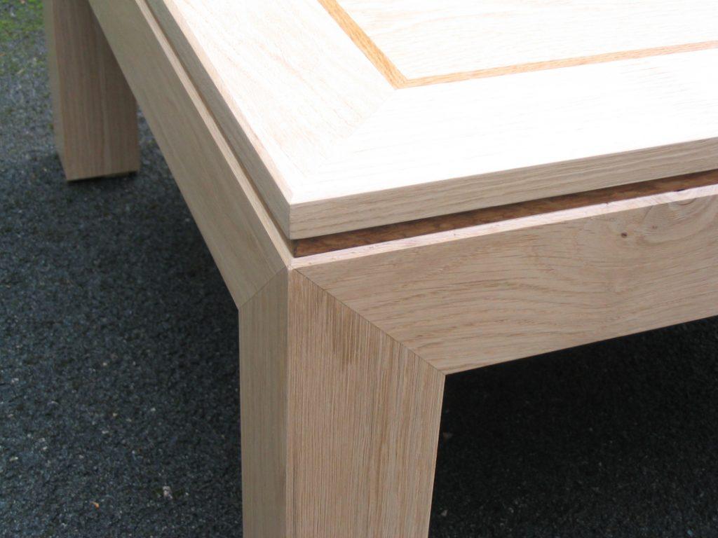 table mitre detail