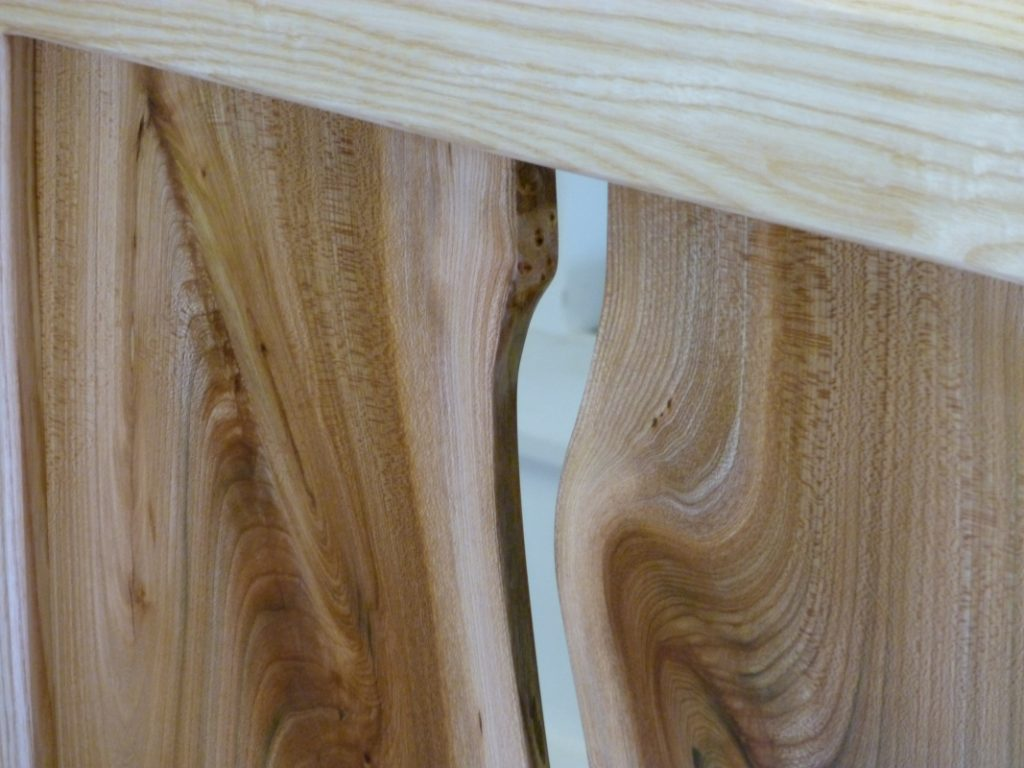 waney elm bed close up